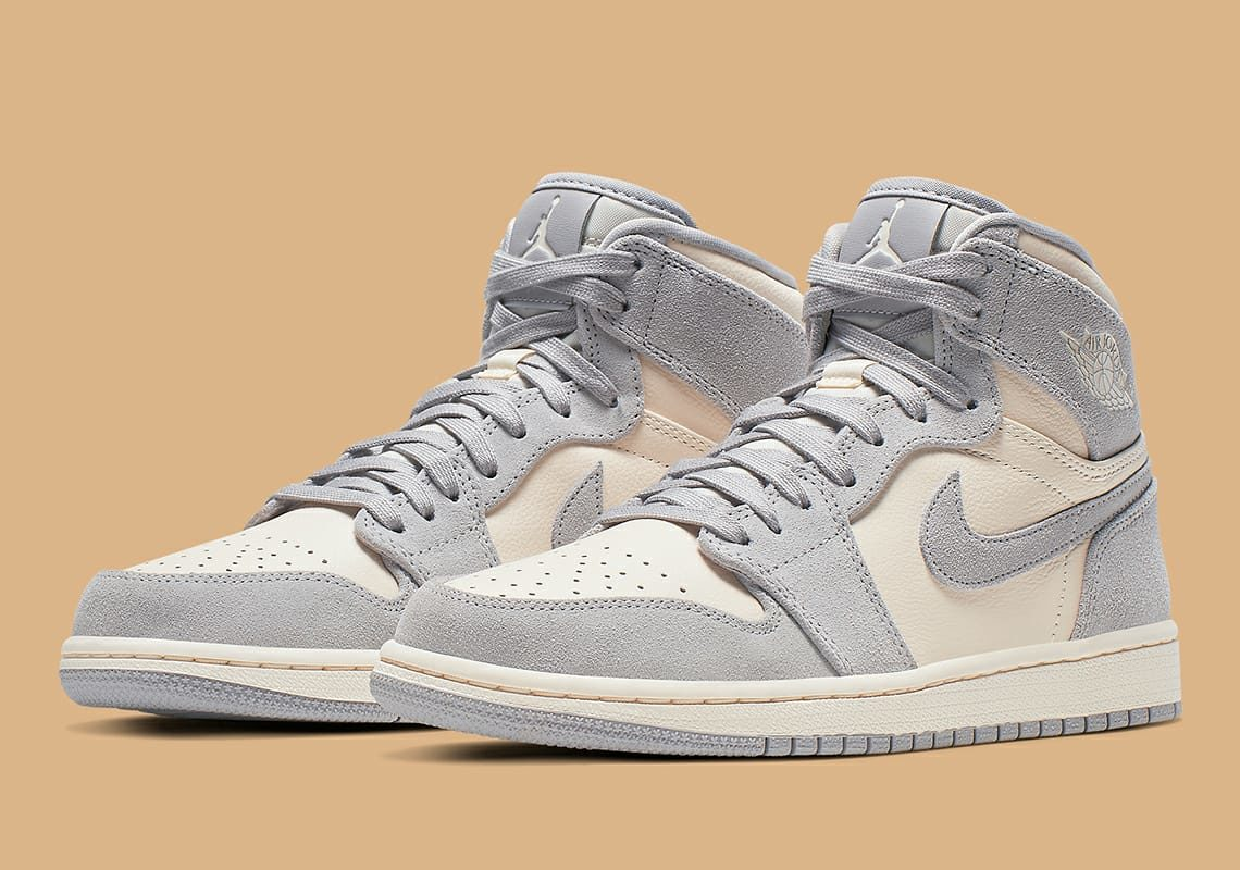 "buy popular f7dea a8c9d Nike Wmns Air Jordan 1 Retro high ""Pale Ivory"""