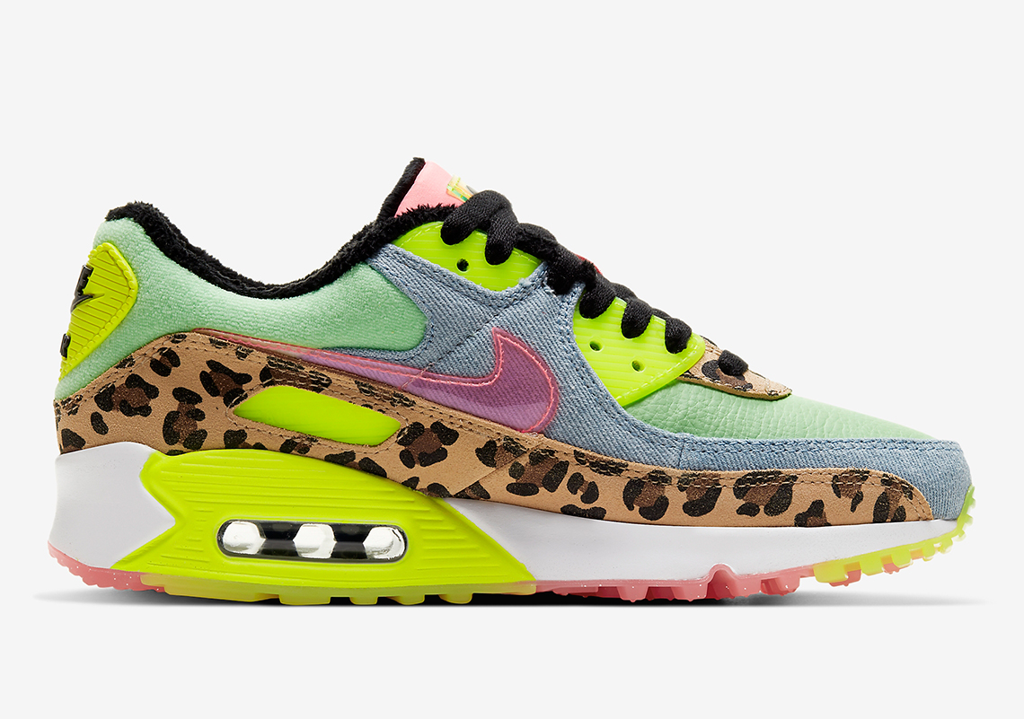 Nike WMNS Air Max 90 LX Leo
