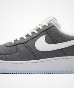 "Air Force 1 '07 ""Crater"" Sneaker"