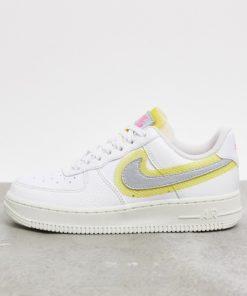 Nike - Air Force 1 '07 - Sneaker in Weiß und Silber mit Ziernähten