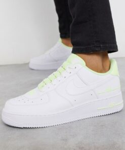 Nike - Air Force 1 '07 LV8 3SU20 - Sneaker in Weiß/Volt