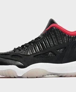 Jordan Air 11 Retro Low IE Herren - Black/Multi-Colour/Multi-Colour/True Red - Herren, Black/Multi-Colour/Multi-Colour/True Red